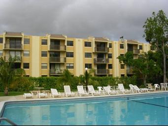 West Bird Apartments